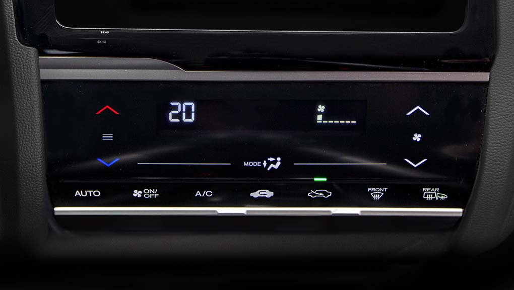 Image of 2017 Fit Automatic climate control