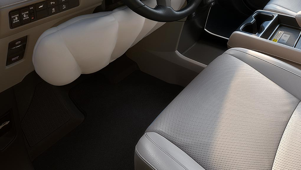 Image of 2019 Honda Odyssey Eight standard airbags.