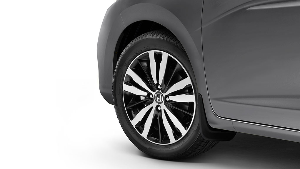 "Image of 2019 Honda Fit 16"" alloy wheels"