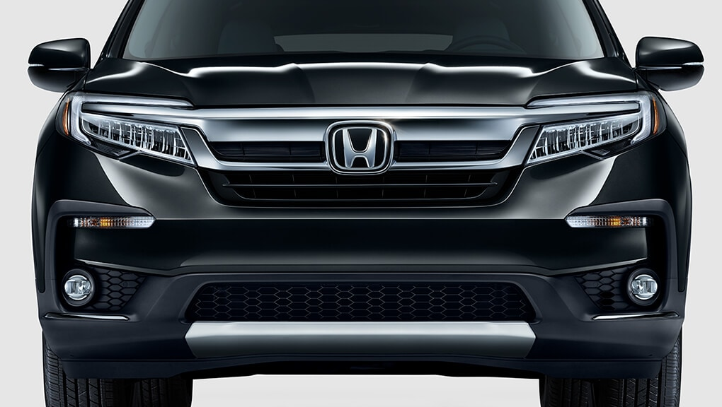 2020 Honda Pilot front grille and fascia
