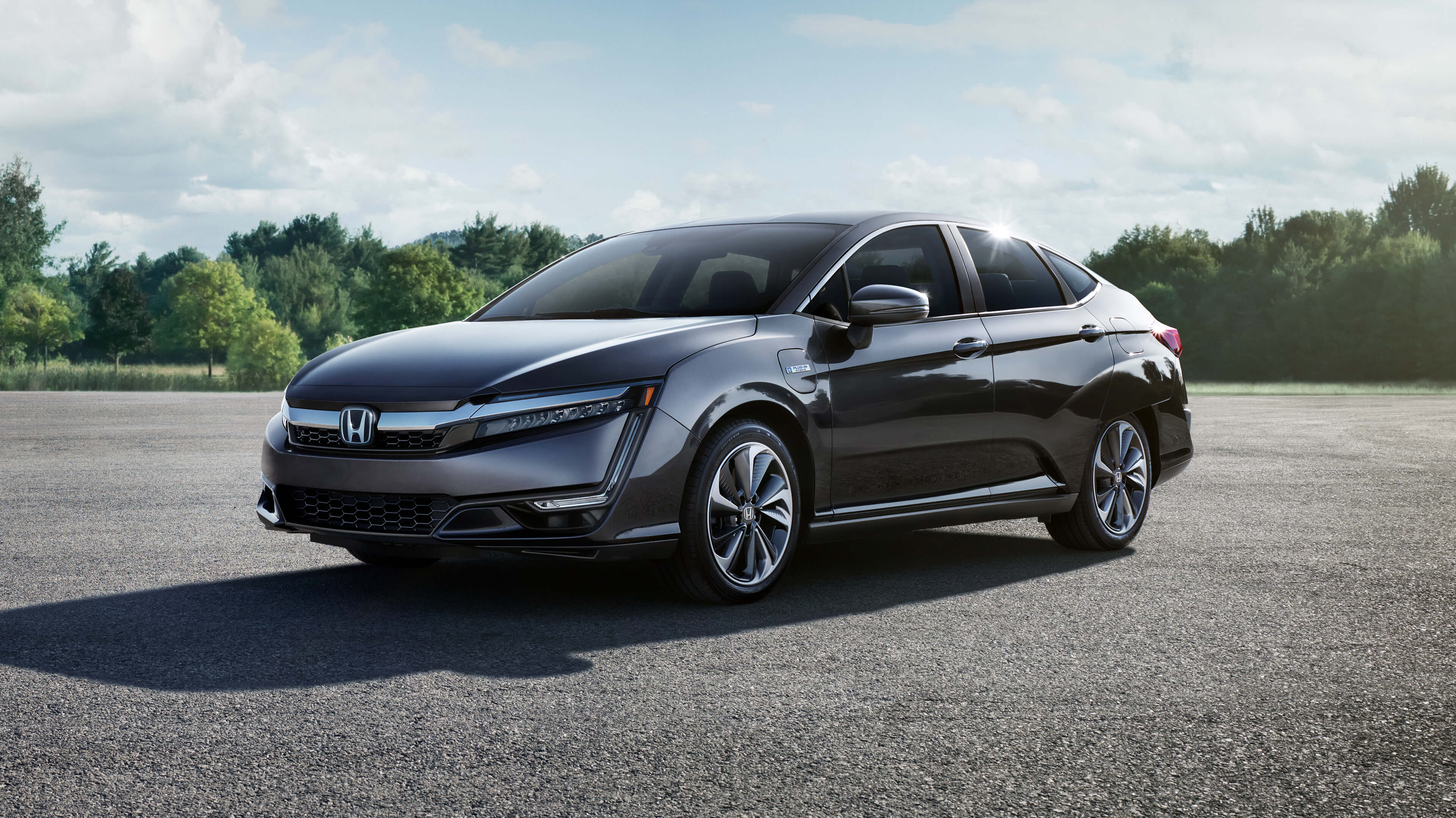 2020 Honda Clarity parked