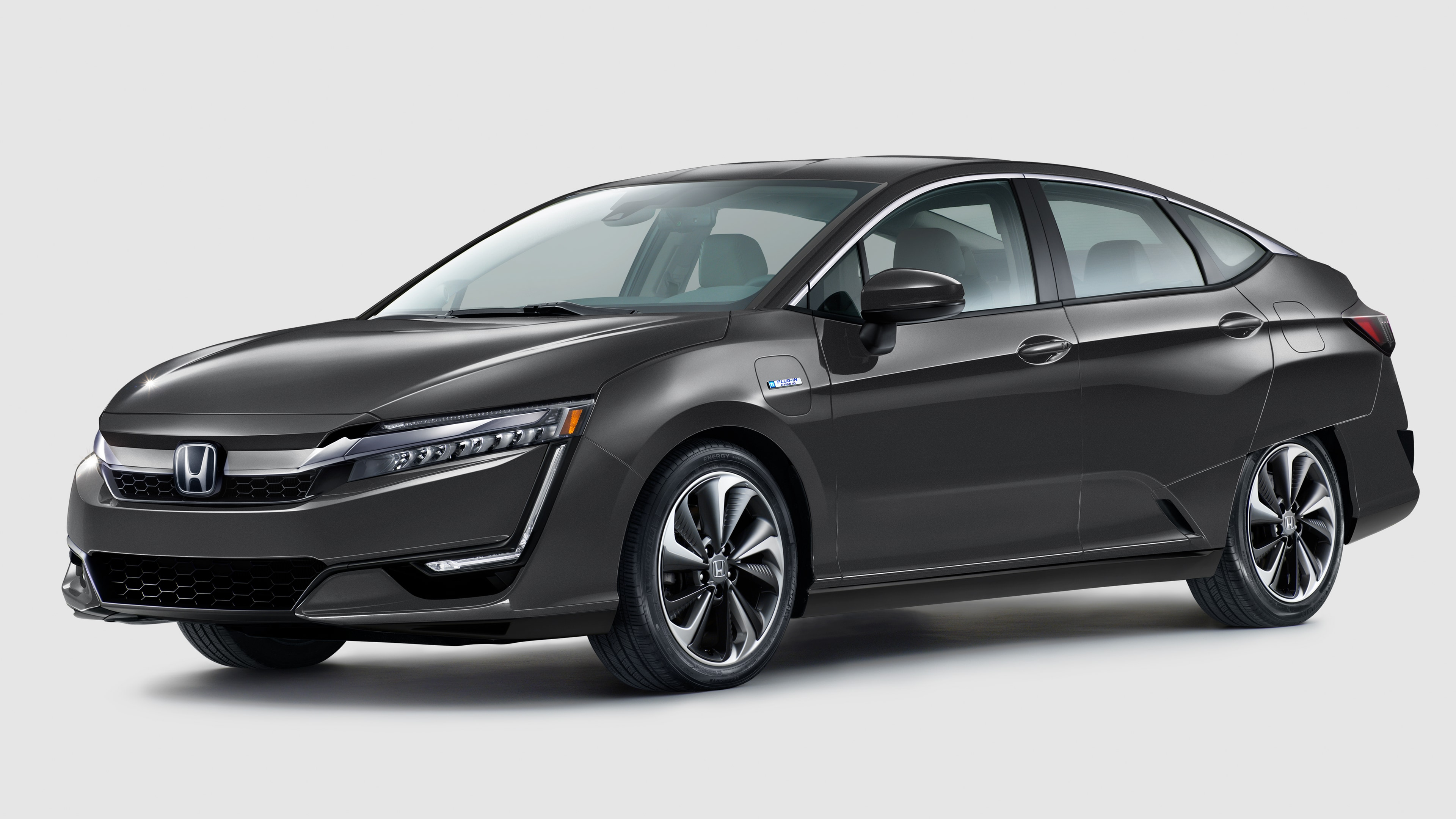 2021 Honda Clarity parked