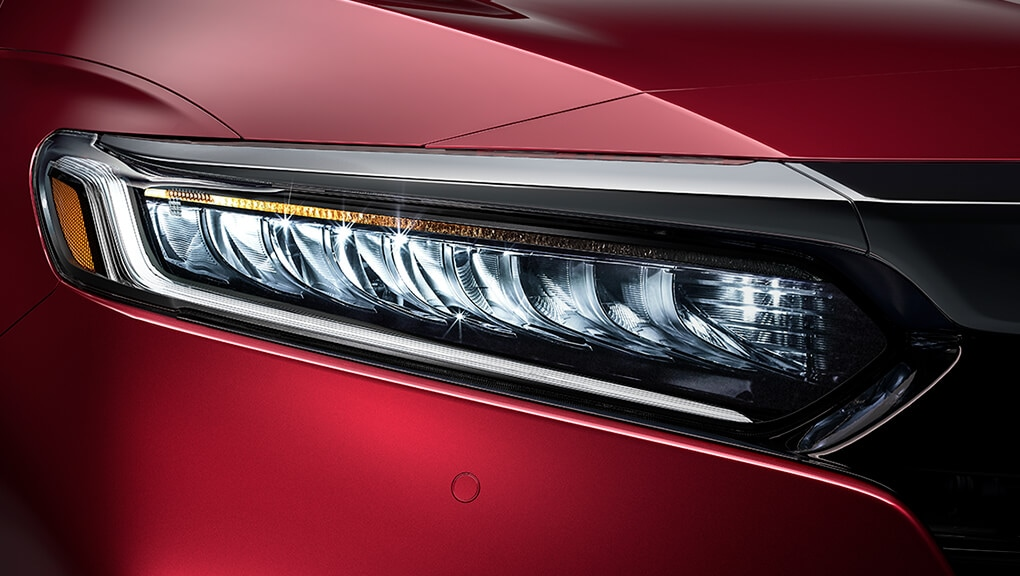 Image of 2018 Honda Accord LED headlights