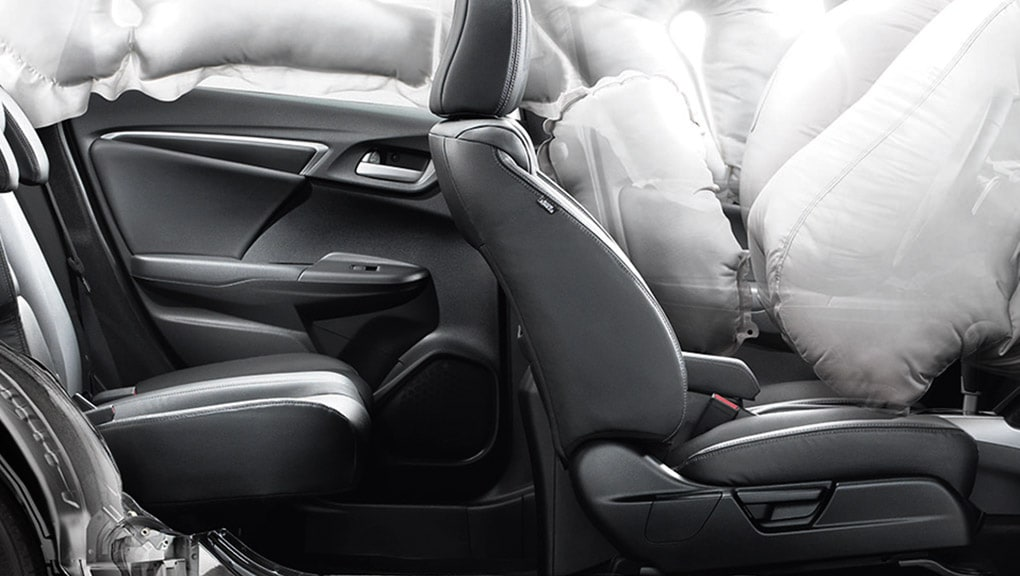 Image of 2018 Honda Fit six standard airbags