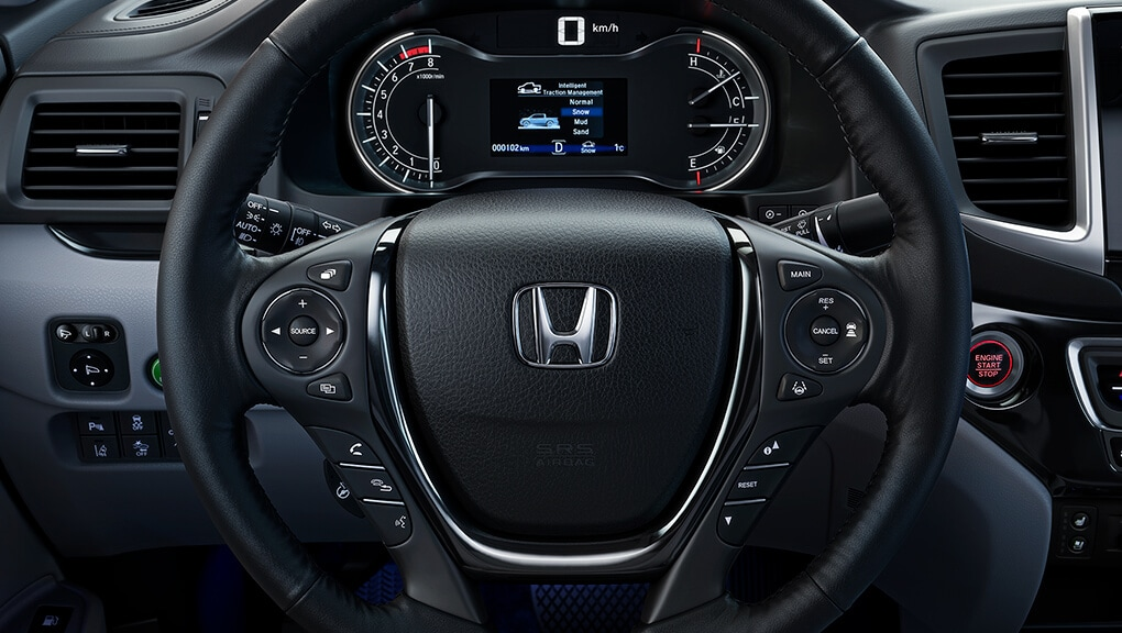 Image of 2019 Ridgeline steering wheel