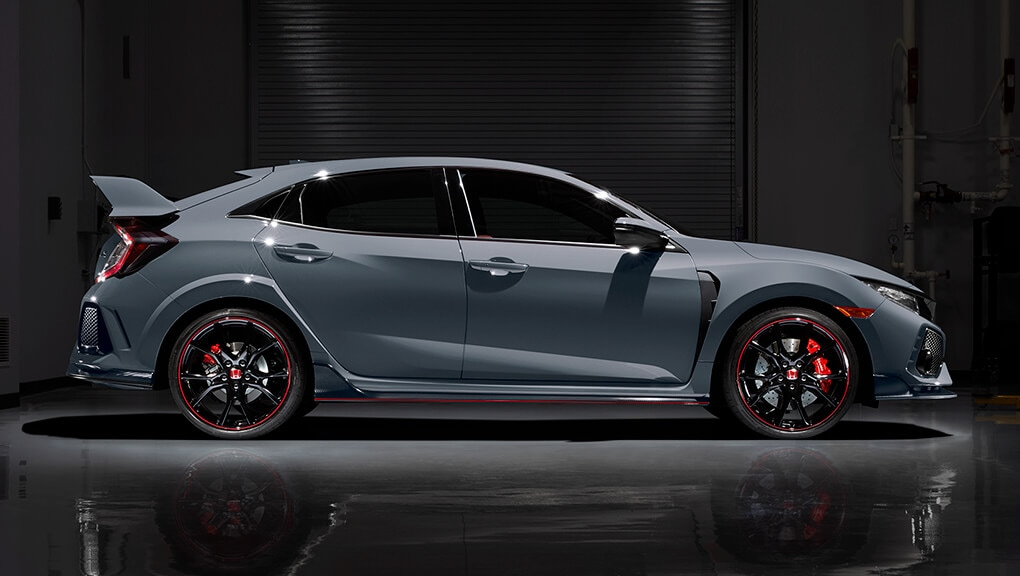 Image of red 2018 Civic Type R skirt package