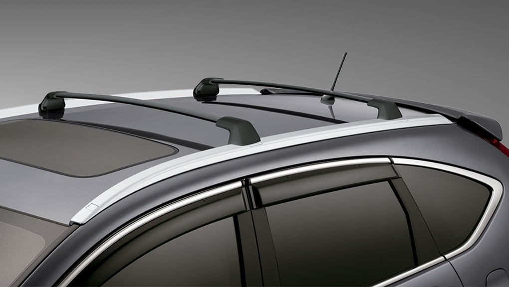 Image of available accessory crossbars on the 2016 Honda CR-V.