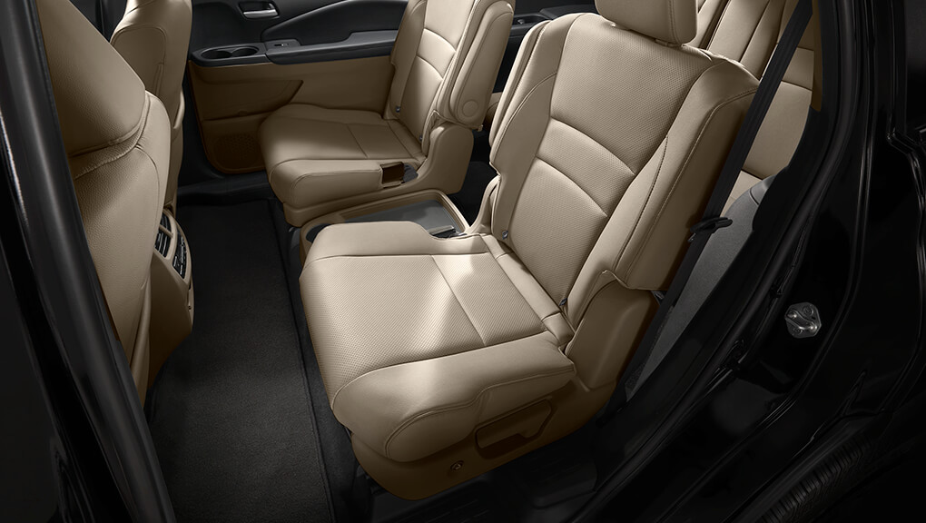 2020 Honda Pilot interior one-touch second row seats
