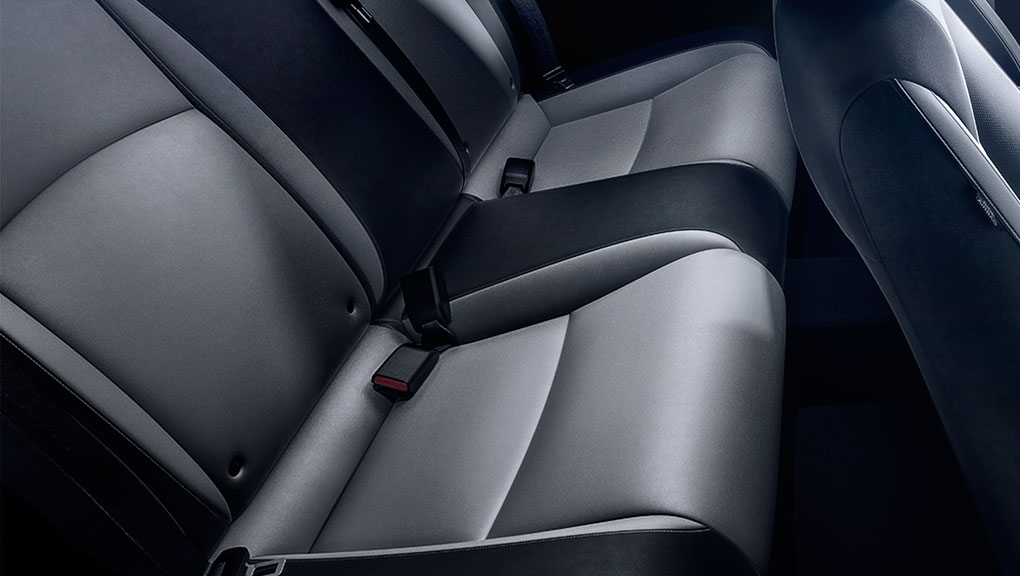 Image of 2018 Civic Coupe rear seats