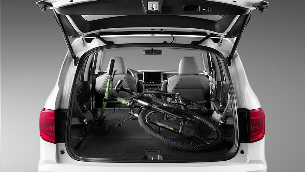 Image of 2017 Honda Pilot power tailgate