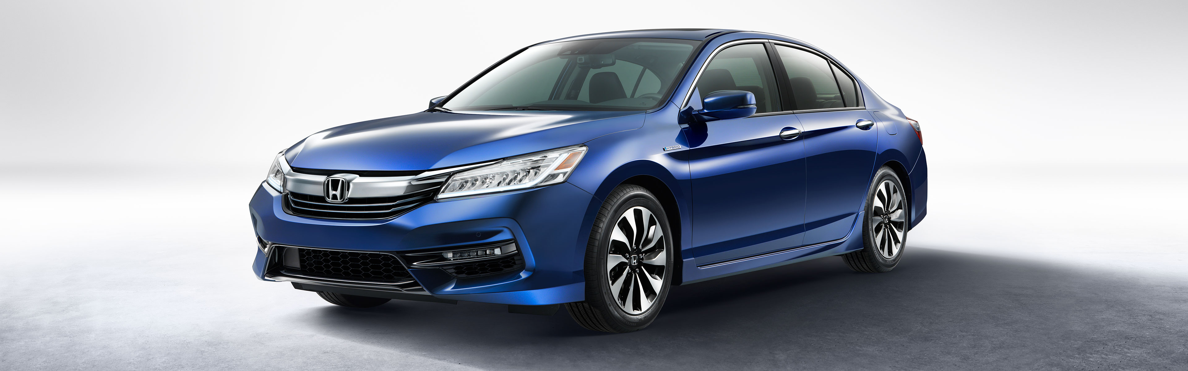 Image of the front of the Hybrid.