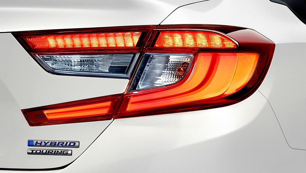 Image of 2020 Honda Accord Hybrid taillights.